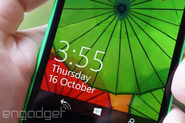 Lumia 735 display up close