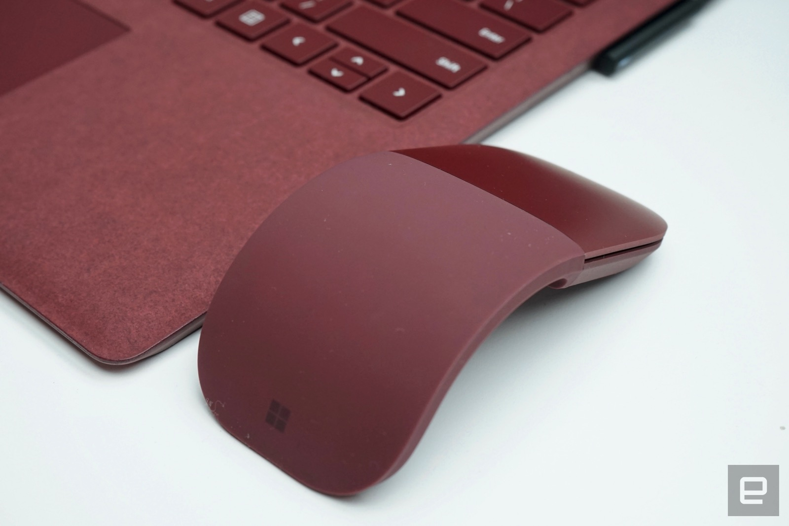 Microsofts Surface App Shows Accessory Battery Levels Microsoft 3600 Bluetooth Mobile Mouse Red