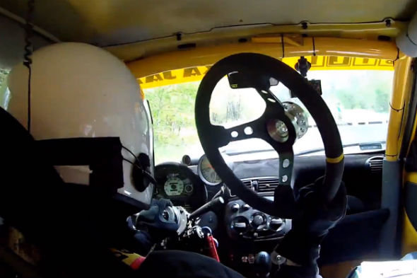 Steering wheel falls off during rally