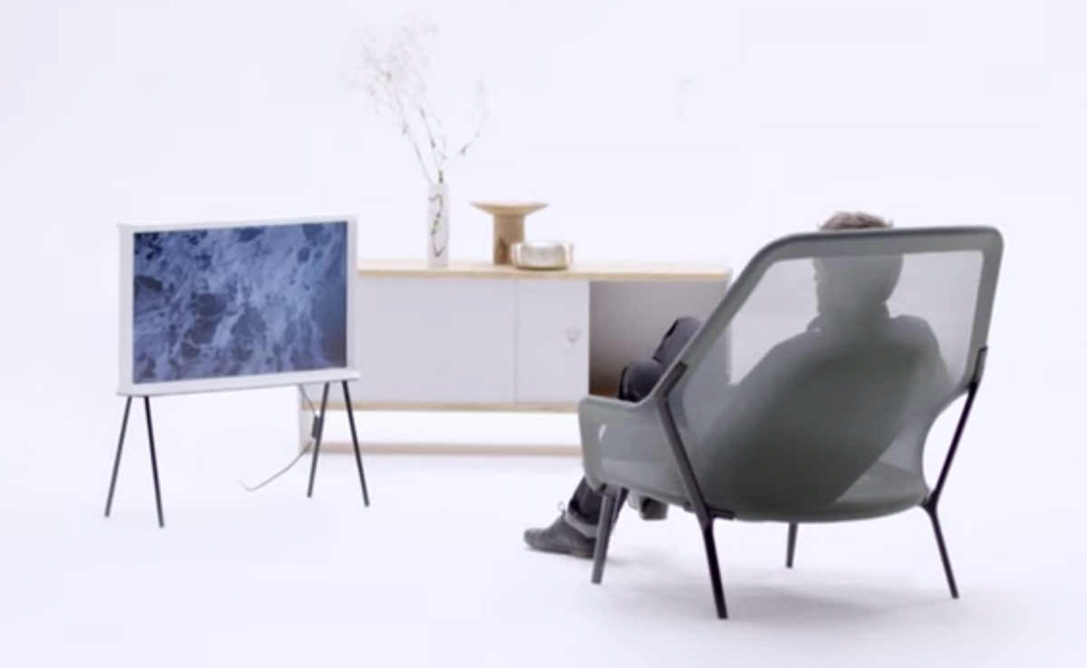 Samsung 的 Serif TV 不只是電視,還是傢具