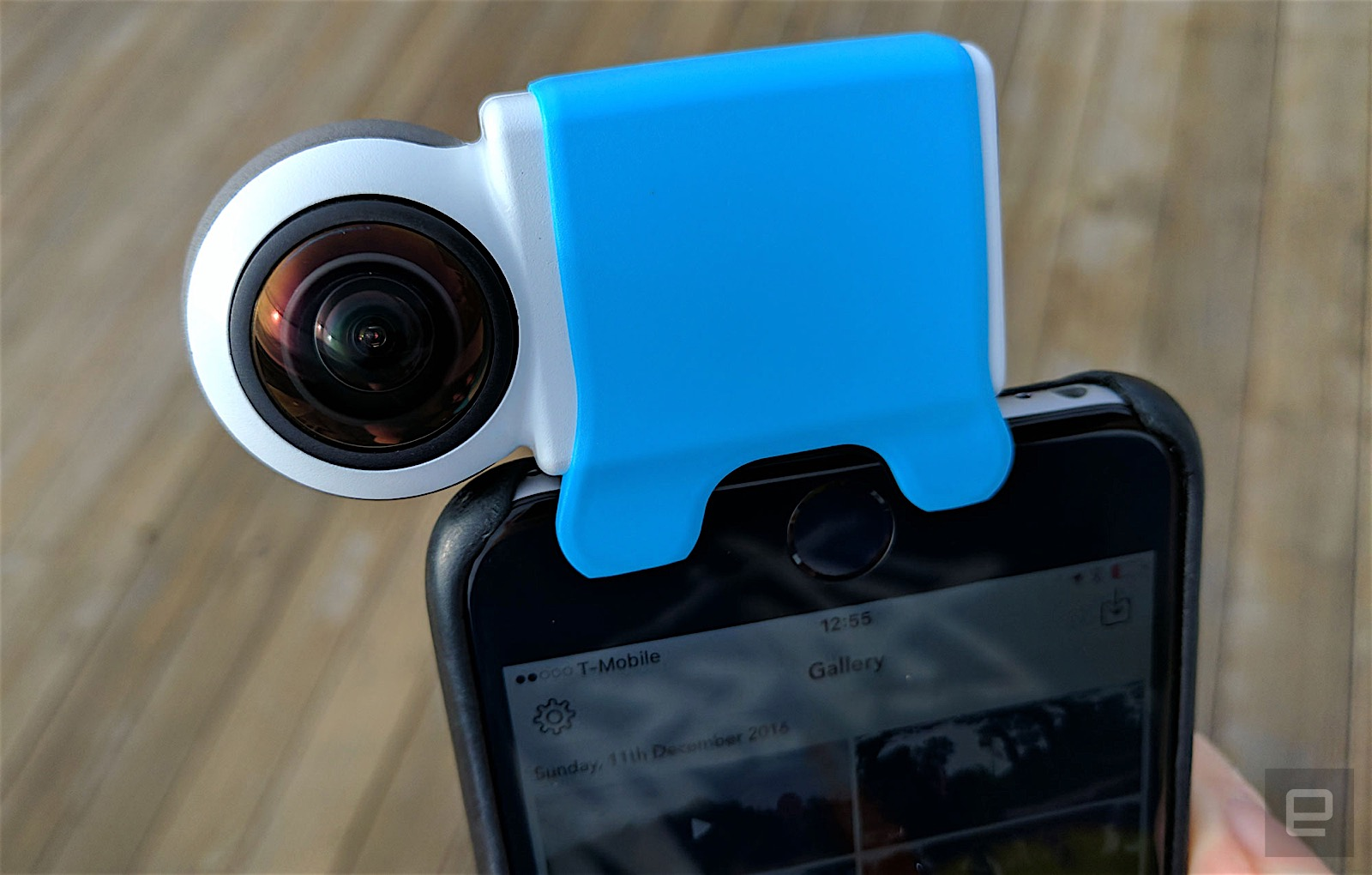 With live 360 video facebook should focus on cameras not for Facebook camera