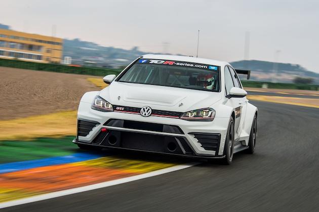 フォルクスワーゲン、カスタマー向けレース車両「ゴルフ GTI TCR」の新たな写真を公開