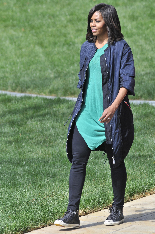Melania Trump copies Michelle Obama wearing Converse