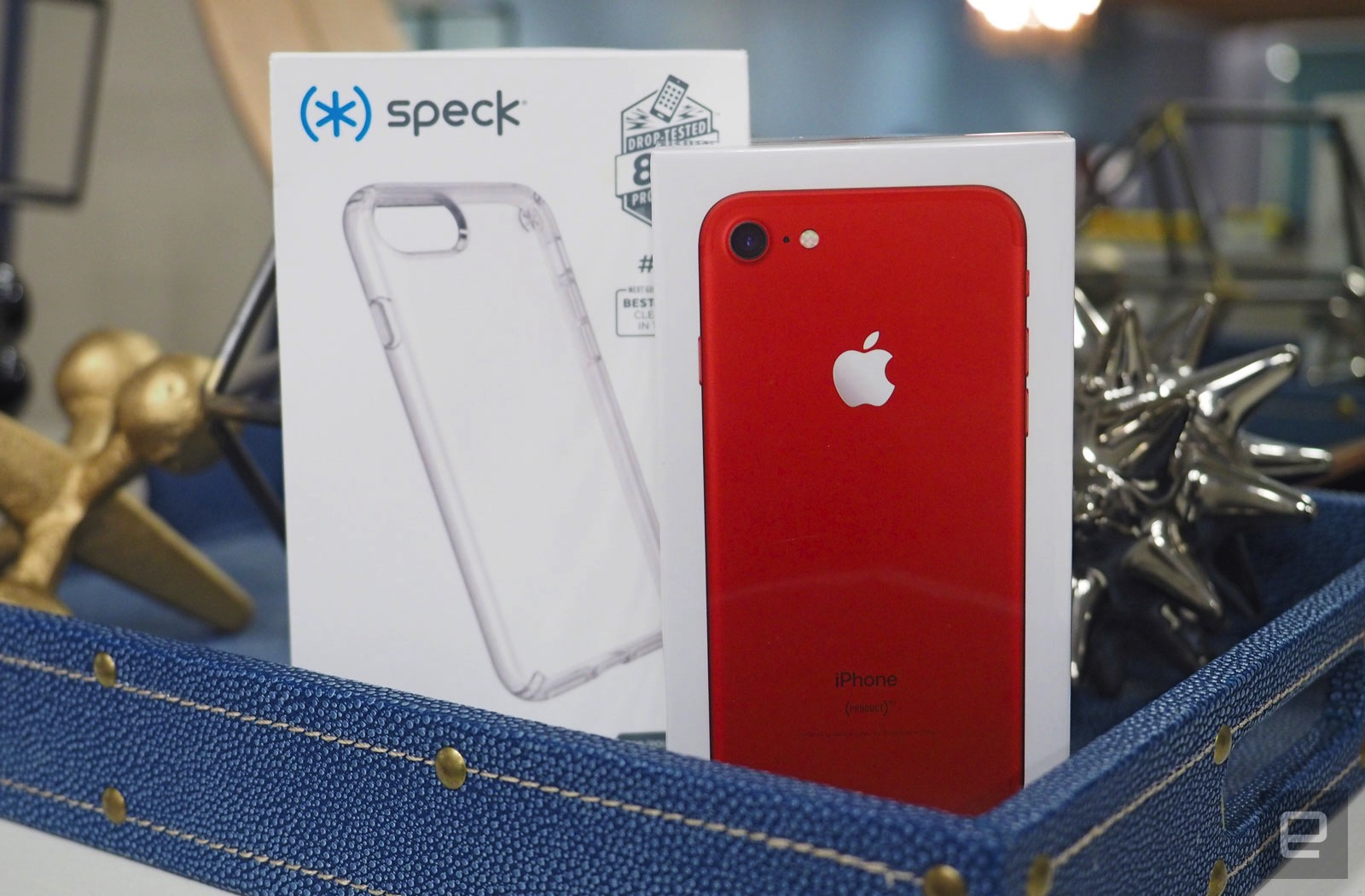 quality design 80ea2 56701 Engadget giveaway: Win a Product Red edition iPhone 7 courtesy of Speck!