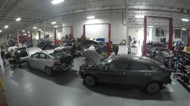 【ビデオ】フォード、次世代の自動運転技術テスト車両となる「フュージョン ハイブリッド」の製造現場を公開