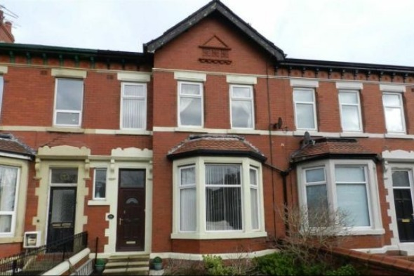 Three bed property in Blackpool