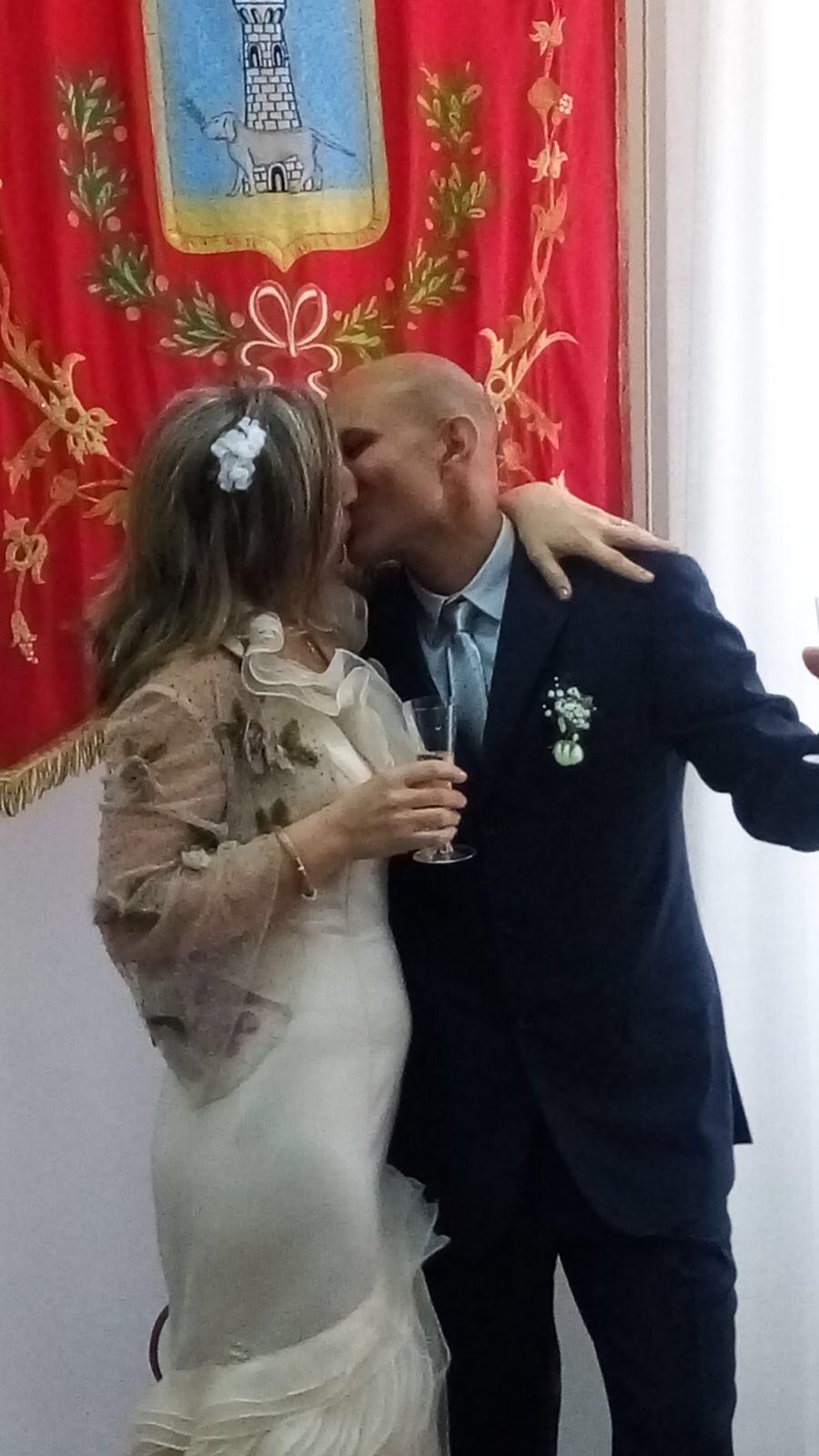 Migrante si sposa e poi torna nel cie la moglie sola al for Permesso di soggiorno dopo matrimonio