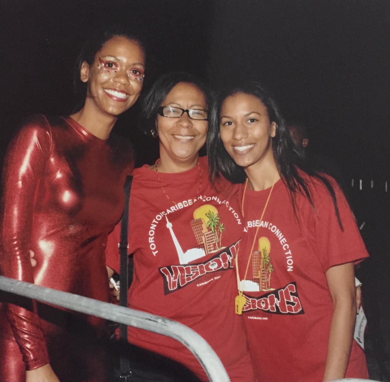 Joella, Lou-Ann and Mischka Crichton, 2008 King and Queen