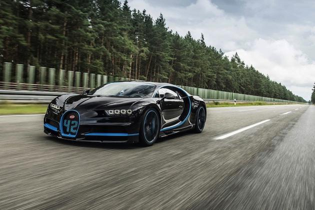 ビデオ ブガッティ シロン 0 400 0km hの世界最速記録を樹立