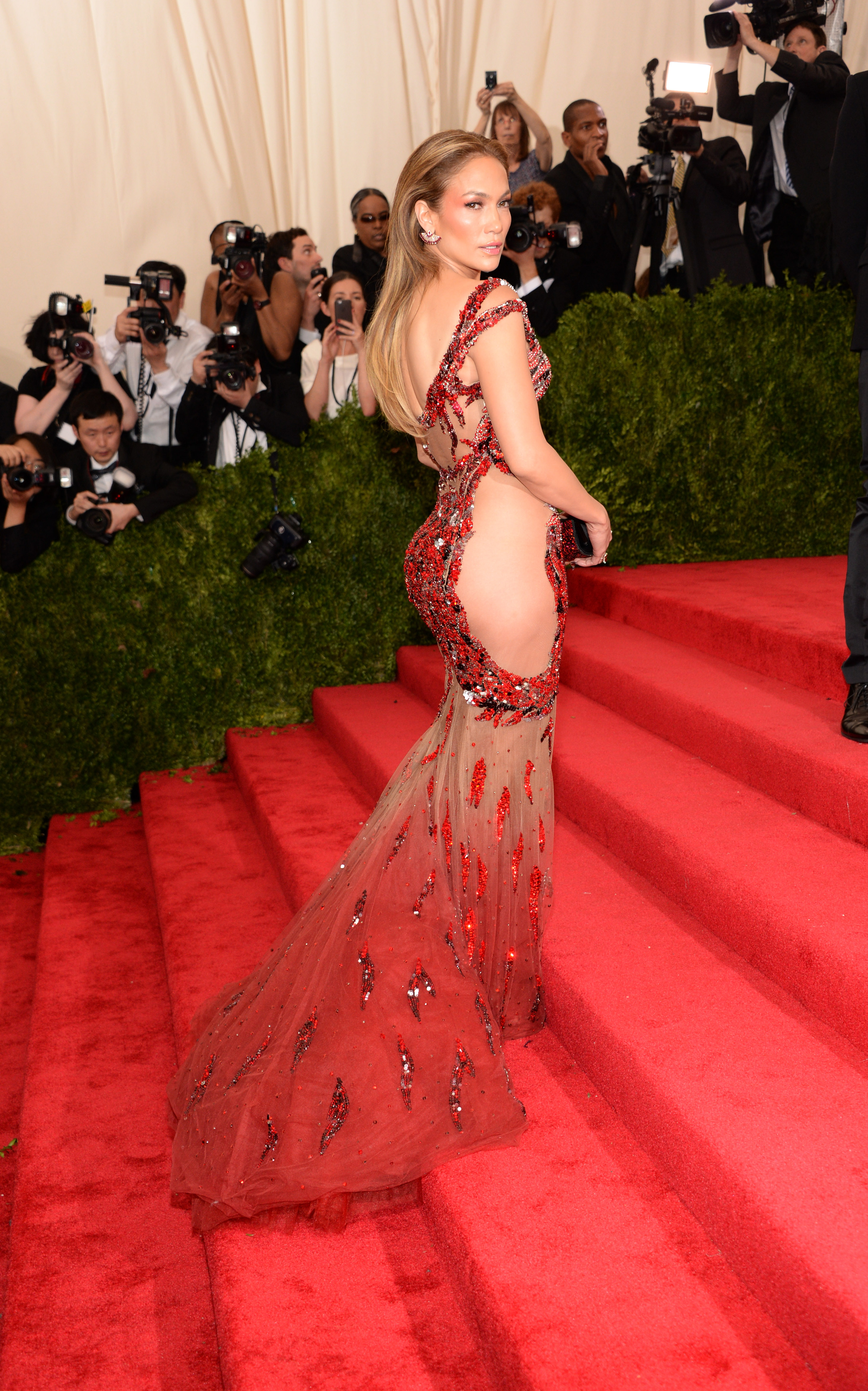 Jennifer Lopez\'s complete style transformation - AOL Lifestyle