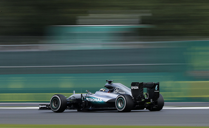 Mercedes AMG Petronas F1 Team's British driver Lewis Hamilton drives during the British Formula One Grand Prix at Silverstone motor racing circuit in Silverstone, central England, on July 10, 2016.