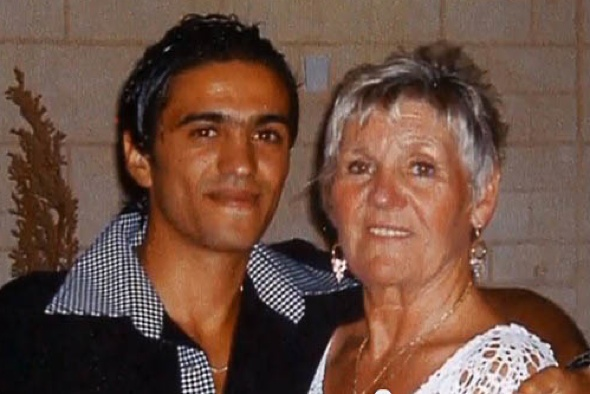 British woman, 70, marries waiter, 21, after Tunisia holiday romance
