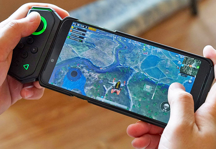 Xiaomi's new gaming smartphone comes with a Joy-Con