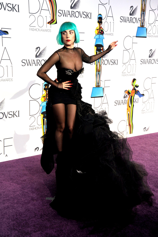 2011 CFDA Fashion Awards - Inside Arrivals