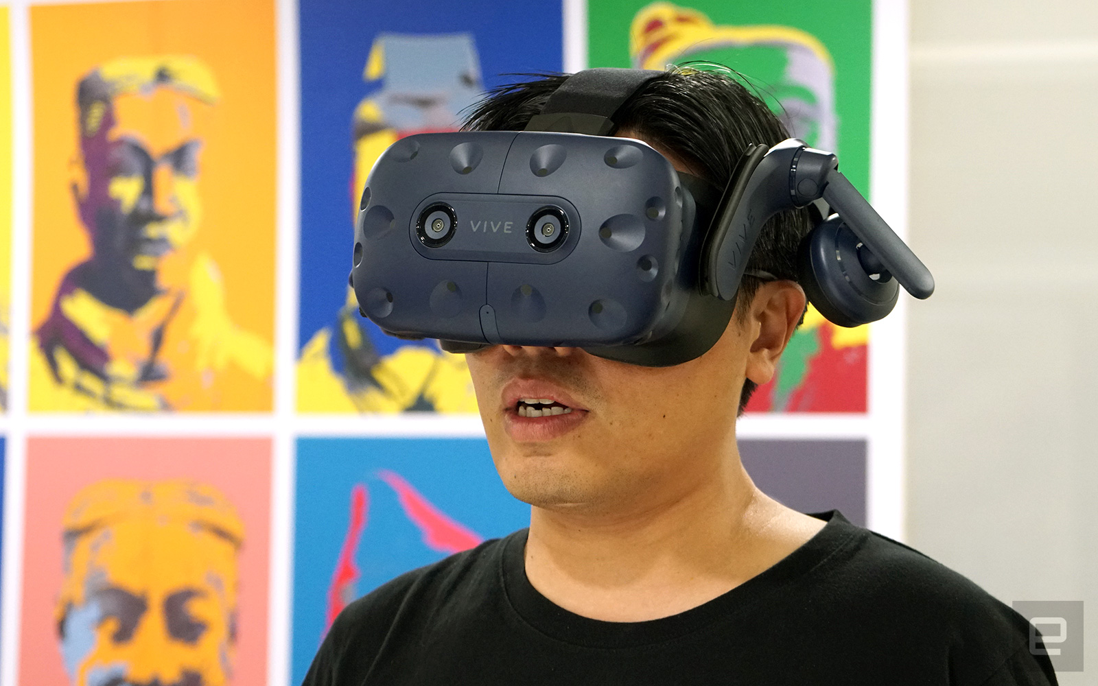 HTC Vive Pro's dual cameras can apparently track hand motion