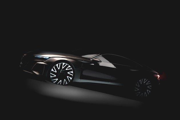 アウディ、電動4ドア・グランツーリスモ「e-tron GT」の画像を初公開! ポルシェ「ミッション E」の兄弟車か?