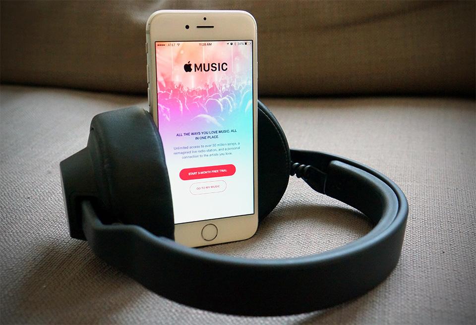傳蘋果將為 iPhone 7 推出高階款耳塞式無線耳機