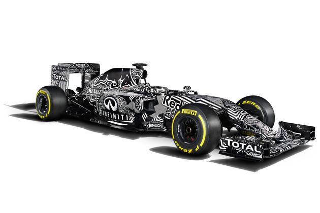レッドブル、カモフラージュをまとった2015年用F1マシン「RB11」を公開!