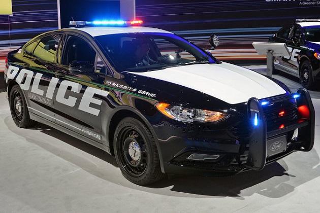 フォードが接近音を出さない電動パトカーの必要性を主張