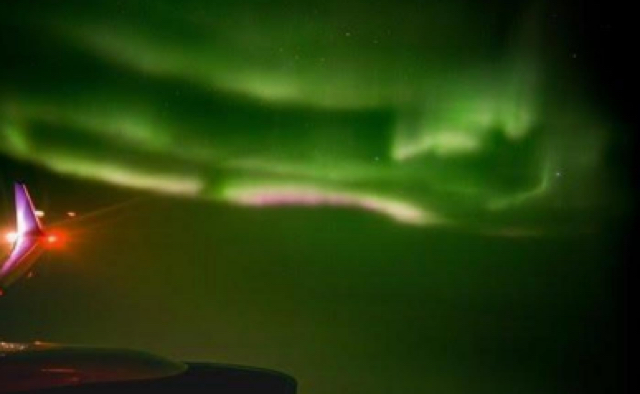Plane passenger captures Northern Lights video through window