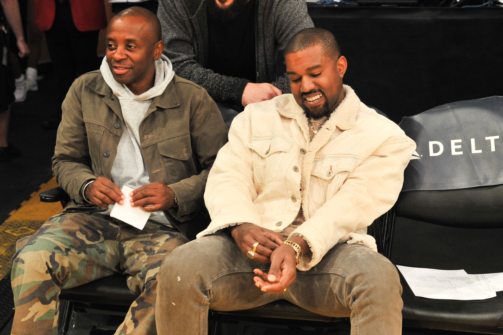 LOS ANGELES, CA - NOVEMBER 05:  Rapper Kanye West (R) attends a basketball game between the Los Angeles Lakers and the Memphis Grizzlies at Staples Center on November 5, 2017 in Los Angeles, California.  (Photo by Allen Berezovsky/Getty Images)