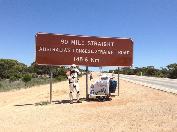 'Stormtrooper' eats roadkill to survive charity trek across Australia