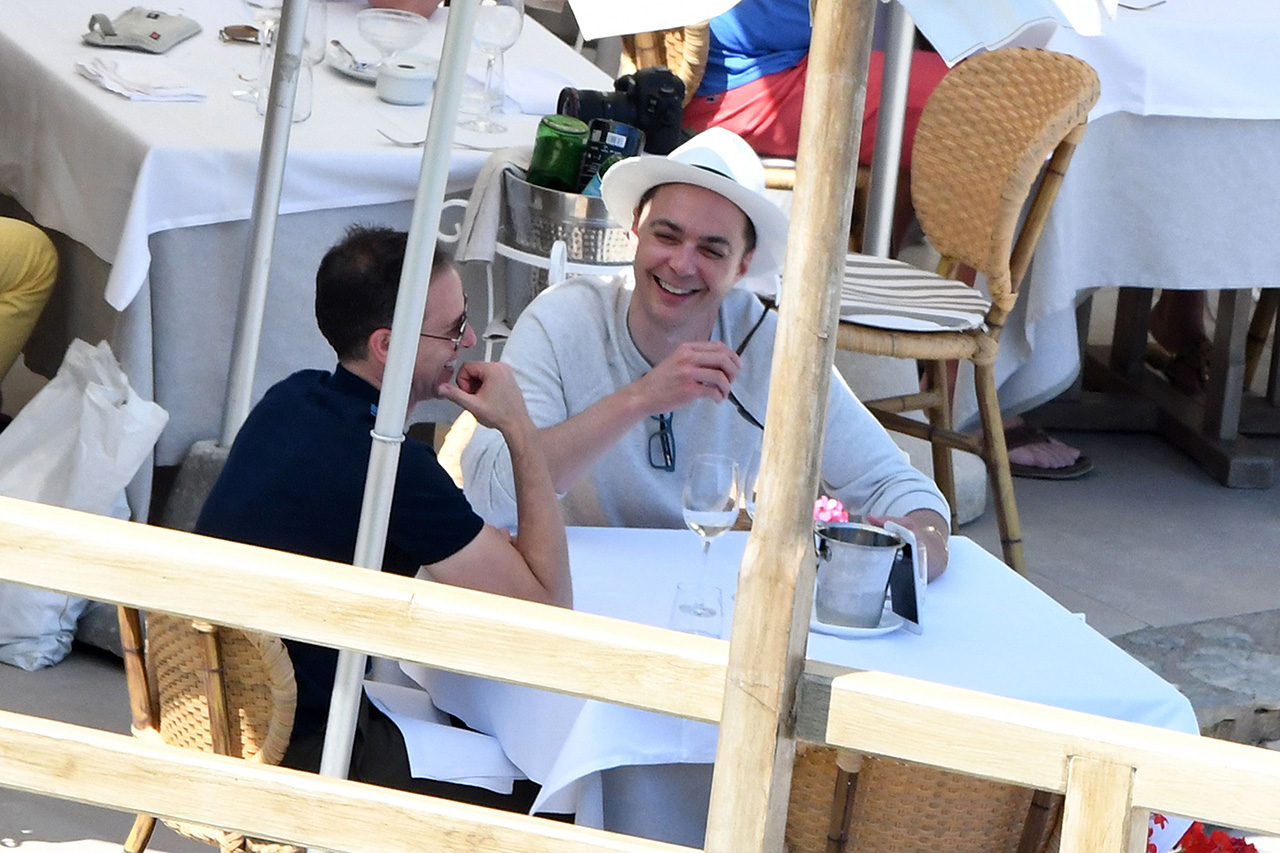 *PREMIUM-EXCLUSIVE* ** RIGHTS: ONLY UNITED STATES, BRAZIL, CANADA ** Capri, ITALY  - Newlyweds Jim Parsons and Todd Spiewak arrive in Capri where they will be honeymooning for the next couple of days, enjoying the great food and stunning sights! Shot on 05/22/17  Pictured: Jim Parsons, Todd Spiewak   BACKGRID USA 23 MAY 2017   USA: +1 310 798 9111 / usasales@backgrid.com  UK: +44 208 344 2007 / uksales@backgrid.com  *UK Clients - Pictures Containing Children Please Pixelate Face Prior To Publication*