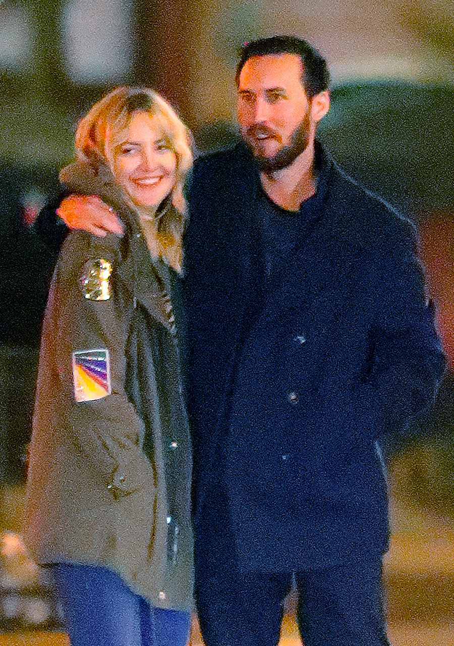 EXCLUSIVE: ***PREMIUM EXCLUSIVE RATES APPLY***First New York shots of happy Kate Hudson and new boyfriend Danny Fujikawa walking arm-in-arm, hand-in-hand, and make out in the streets of New York after dinner.�� Kate is clearly smitten with love when taking a stroll with her new lover as they went to a romantic downtown restaurant.� The pair only have eyes for each other as they made out for over 10 minutes in the public street as if nobody was watching, then went back to their hotel to continue their romantic evening in the company of each other. <P> Pictured: Kate Hudson, Danny Fujikawa <B>Ref: SPL1468629  260317   EXCLUSIVE</B><BR/> Picture by: XactpiX/Splash News<BR/> </P><P> <B>Splash News and Pictures</B><BR/> Los Angeles:310-821-2666<BR/> New York:212-619-2666<BR/> London:870-934-2666<BR/> photodesk@splashnews.com<BR/> </P>