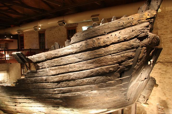 The Batavia hull on display at WA Museum -