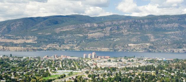 Aerial photo looking towards downtown Kelowna, BC and Lake