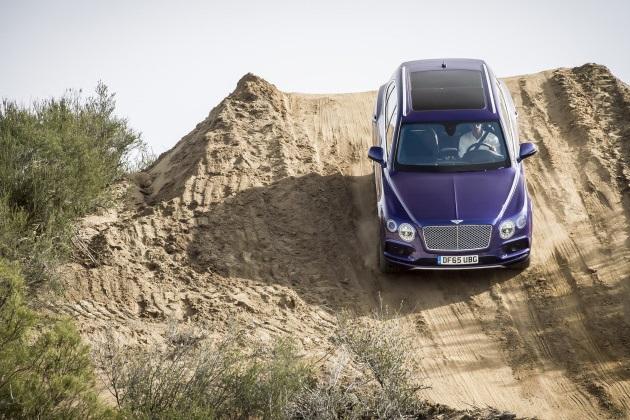 Autoblogが選んだ、オフロードでも高い能力を発揮する個性的なクロスオーバー5車種