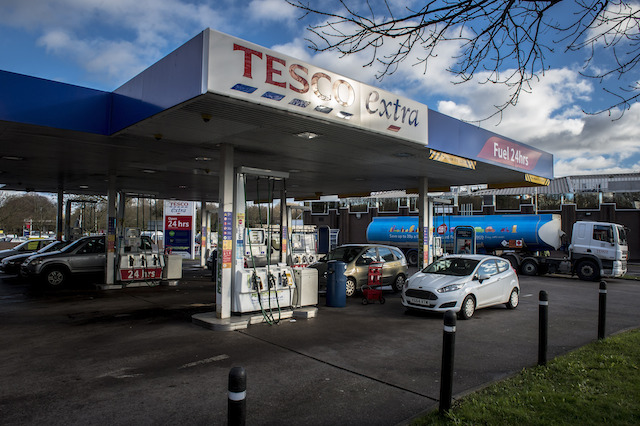 A Tesco Extra petrol station, Bristol. PRESS ASSOCIATION Photo. Picture date: Tuesday January, 6, 2015. Photo credit should read: Ben Birchall/PA Wire