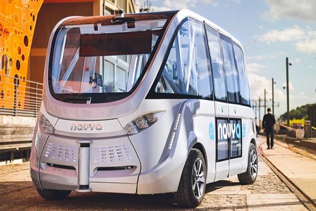 世界初、自動運転バスがスイスの街で公共交通機関として運用開始に