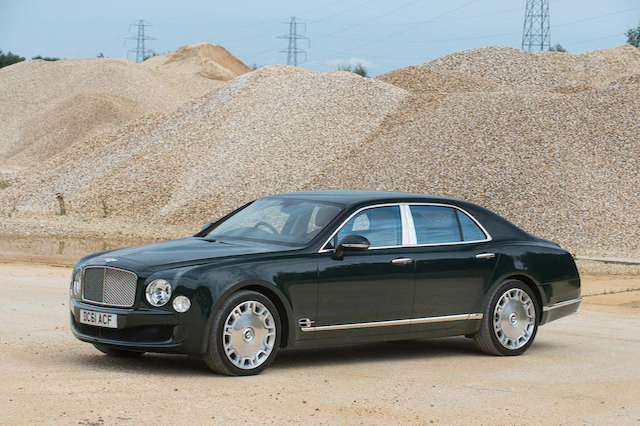 queen s old bentley mulsanne fails to sell at auction aol uk cars. Black Bedroom Furniture Sets. Home Design Ideas