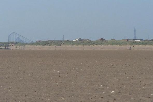 man-body-found-st-annes-beach-blackpool
