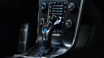 2017 Volvo S60 and V60 Polestar