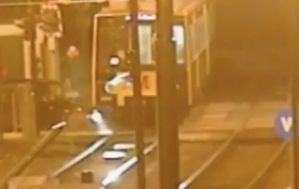 Banned driver crashes into train in Newcastle (video)