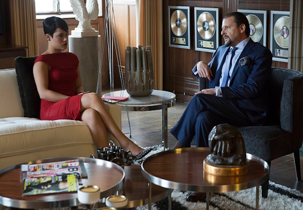 "EMPIRE: Anika (Grace Gealey, L) reaches out to Billy Beretti (guest star Judd Nelson, R) in the ""Unto the Breach"" episode of EMPIRE airing Wednesday, March 4 (9:01-10:00 PM ET/PT) on FOX. (Photo by FOX via Getty Images)"