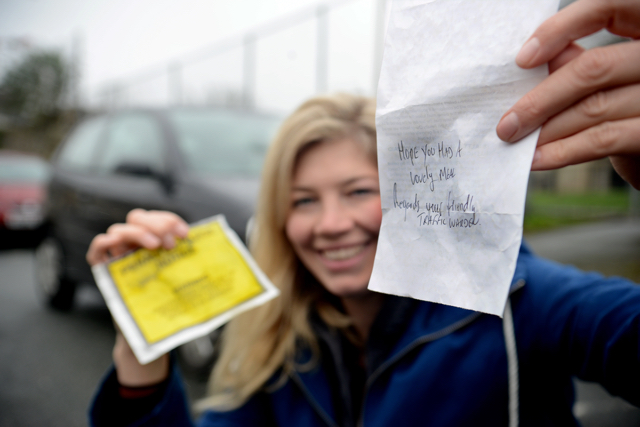 Traffic warden leaves woman late for dinner lovely note