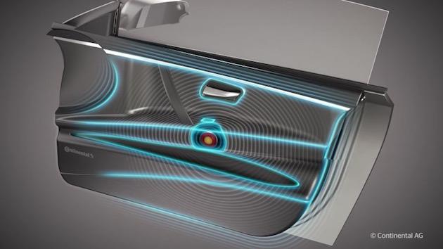 【ビデオ】近い将来にクルマの中からスピーカーがなくなる!? コンチネンタルが車内パーツを振動させる新しいオーディオを開発