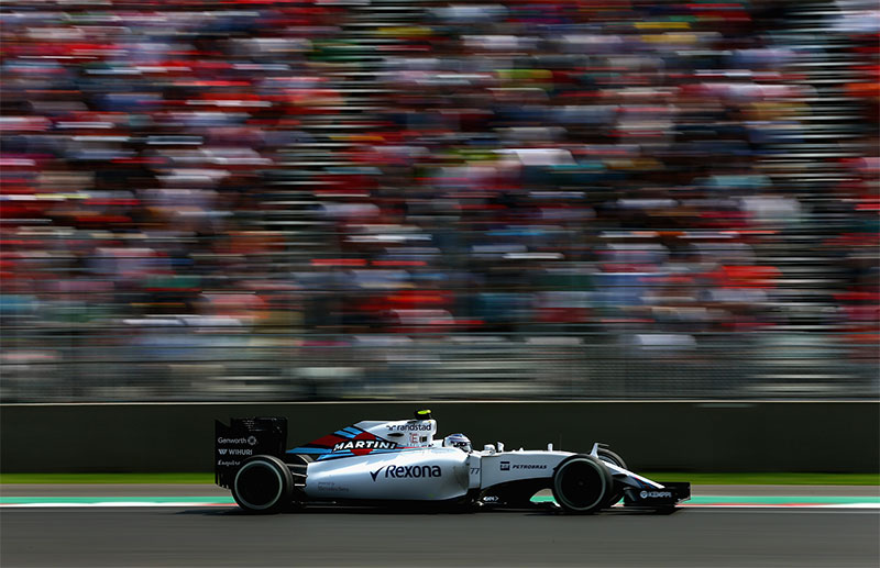 Valtteri Bottas drives during the 2015 Mexican F1 Grand Prix.