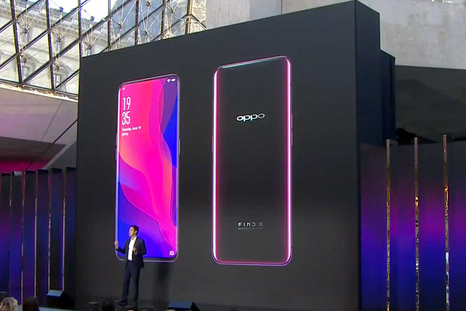 Oppo's all-screen Find X hides a pop-up selfie camera