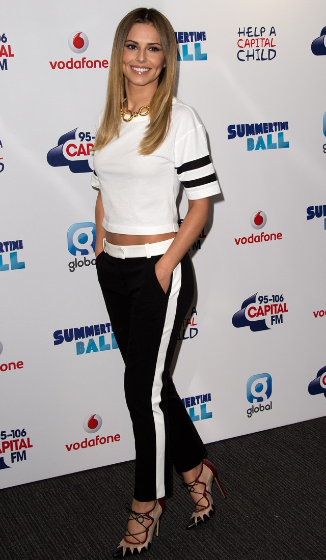 Cheryl Cole wows the crowd in white at Capital FM's Summertime Ball
