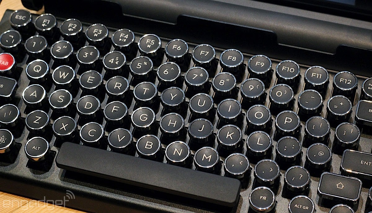 Qwerkywriter S Retro Ipad Keyboard Is A Flawed Masterpiece