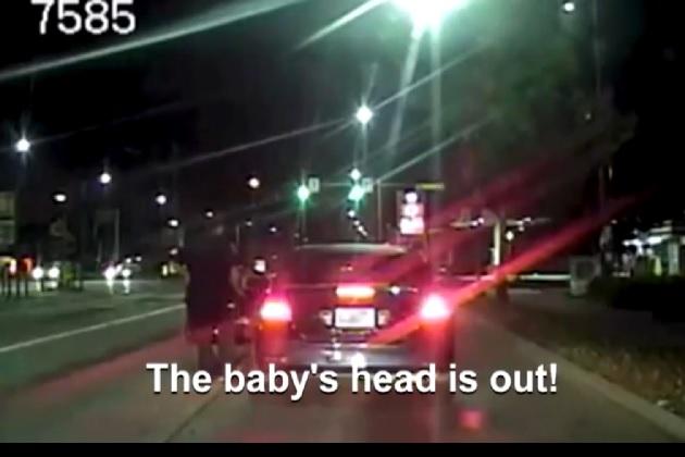 【ビデオ】スピード違反で停止させたクルマに出産間際の妊婦が! 警察官の手助けで無事出産