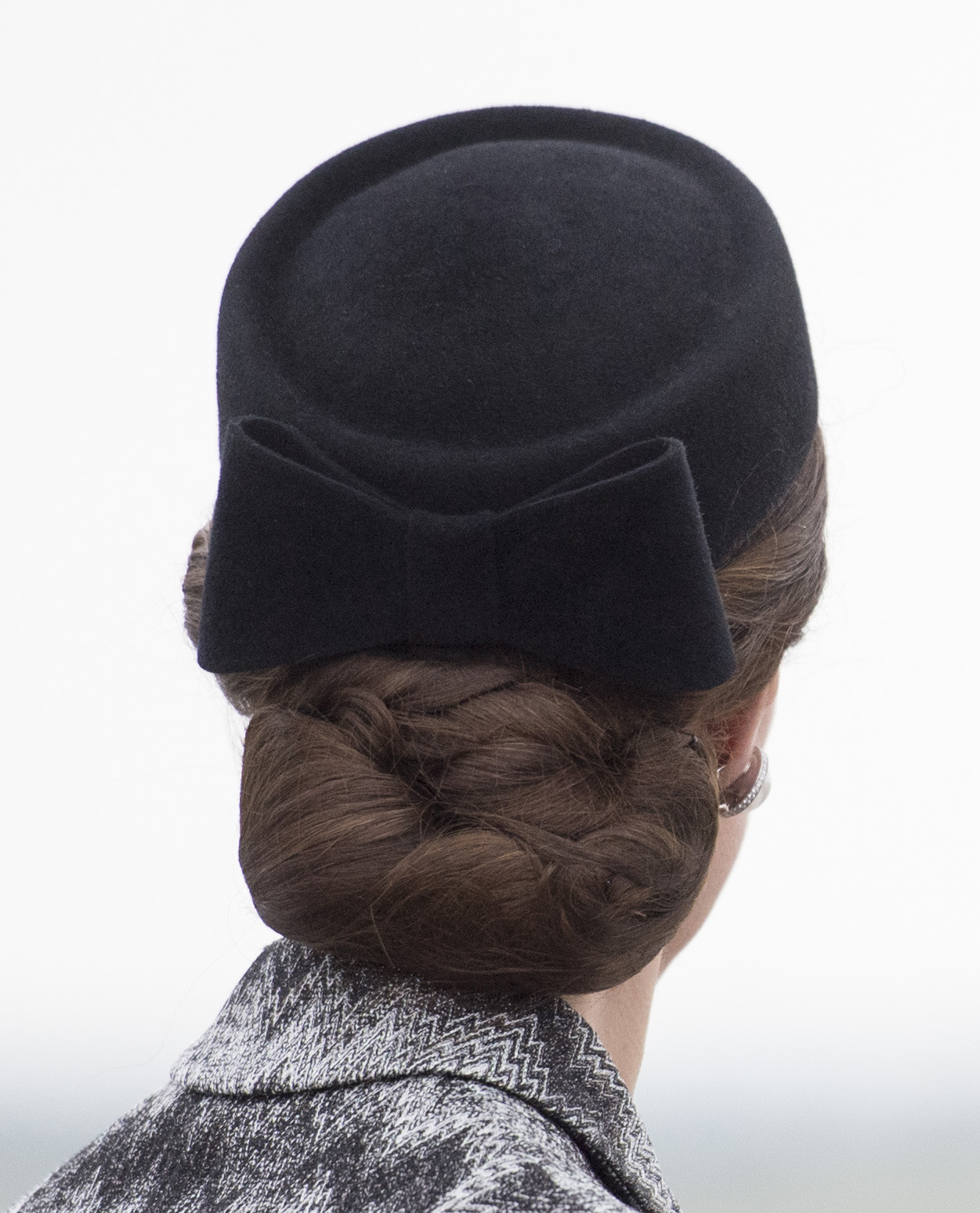 Kate Middleton wears hairnets to keep her updos in place