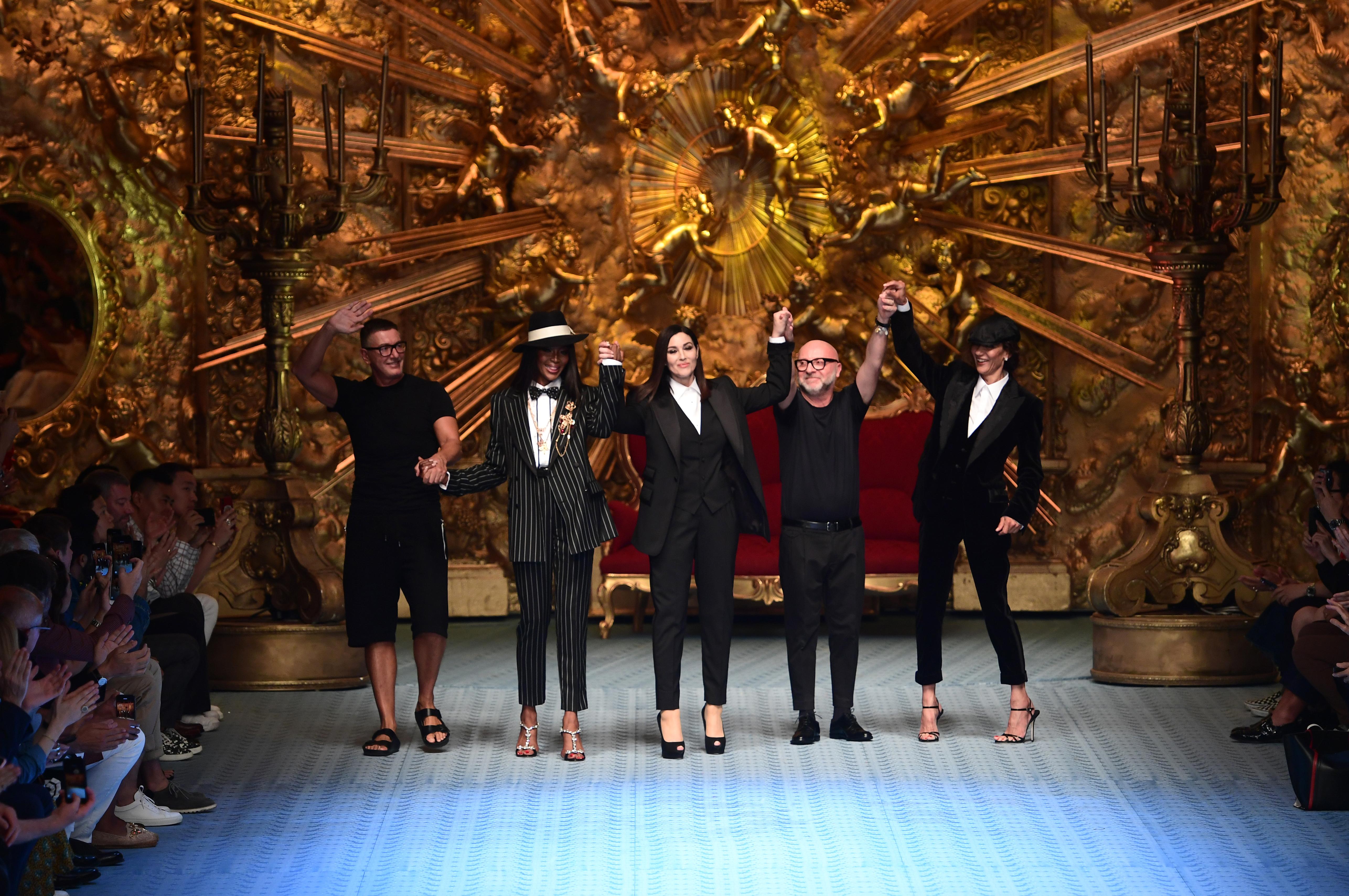 Stefano Gabbana, Naomi Campbell, Monica Bellucci, Domenico Dolce et  Marpessa Hennink à la cd0cbe0140b4