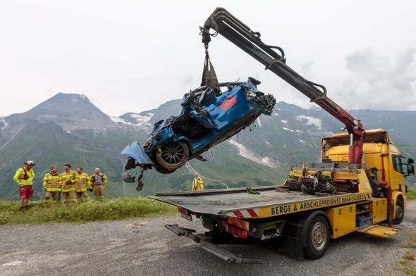 Two British men die in 1000ft mountain plunge in Austria