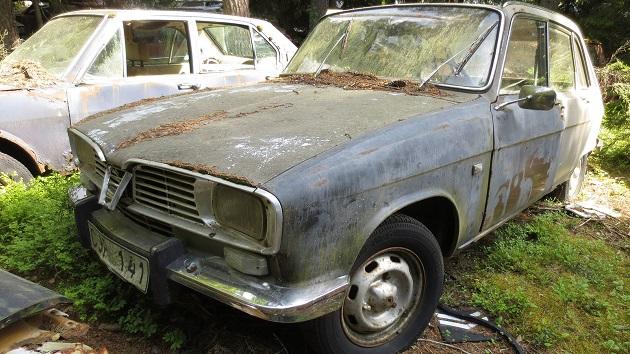 フランスが生んだ名車、ルノー「16」を廃車置場で発見