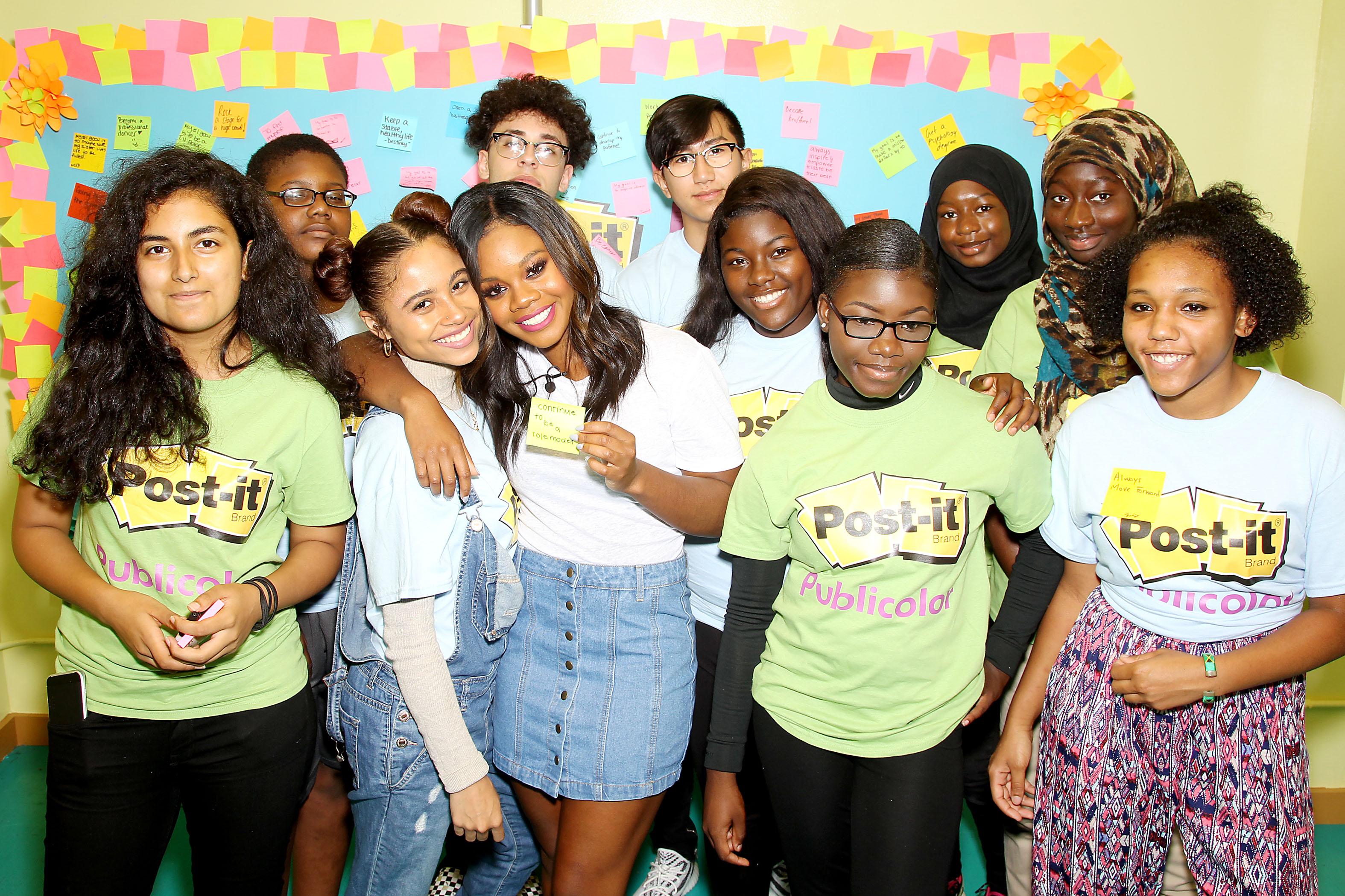 Star, Ok magazine, In Touch, Life and Style, Out - New York, NY - 7/25/17 -  Gabby Douglas and Post-it Brand talk to kids at Publicolor about how to Make it Stick during Back to School   -Pictured: Gabby Douglas with Publicolor kids -Photo by: Marion Curtis/StarPix -Location: Publicolor NYC